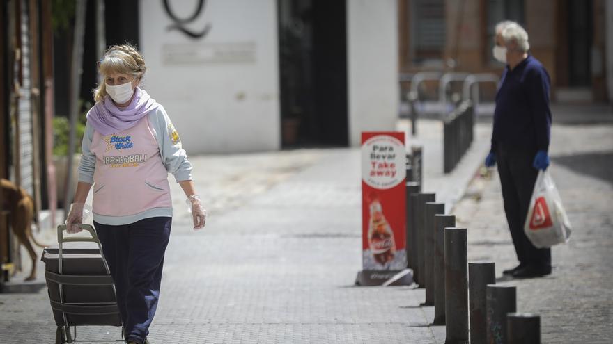 Andalucía suma 11 muertes, 25 hospitalizados y un ingreso en UCI en 24 horas y supera los 5.000 curados