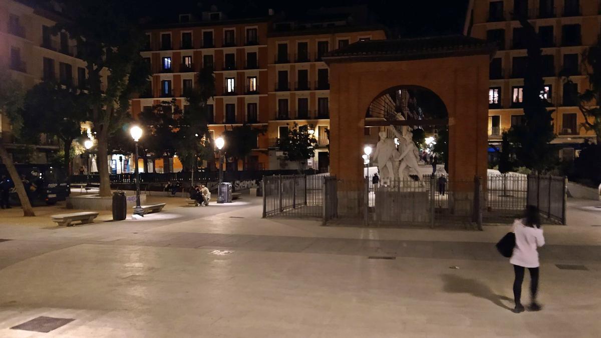 Plaza del Dos de Mayo, a las 0.30 horas de la madrugada del primer viernes sin estado de alarma