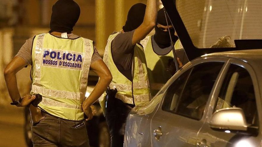 Los Mossos investigan si el terrorista de las Ramblas se refugió en el piso de Vilafranca