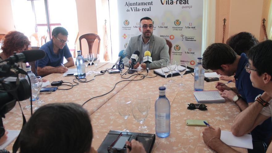 El alcalde de Vila-real, José Benlloch, durante su comparecencia ante los medios.