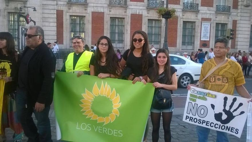 Manifestaciones contra las prospecciones petrolíferas de Repsol en aguas cercanas a Canarias. (Madrid). Foto: SaveCanarias.