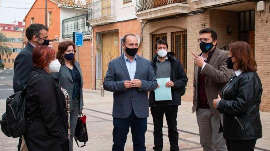 Habitatge es reunirà amb la Sareb i els alcaldes de Torrent i Alfafar per a donar una solució a les famílies afectades pels desallotjaments