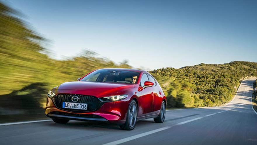 Comprender lo que es, cómo utilizarlo y su función de un solo vistazo. Bajo esta premisa se ha diseñado el sistema de información del nuevo Mazda3.
