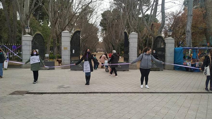 """""""A palabras machistas, oídos feministas"""": el 8M no pierde fuerza en las calles de Castilla-La Mancha"""