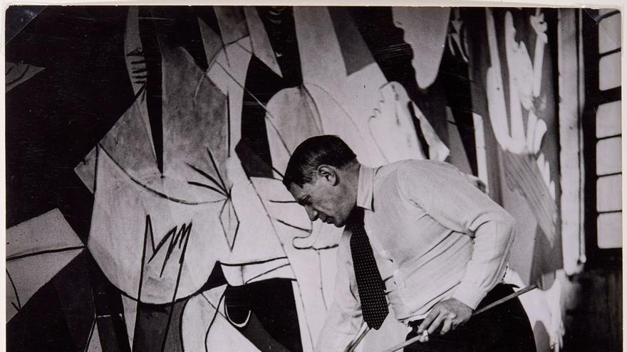 "Llega a Santander la muestra 'Picasso. El viaje del Guernica', que profundiza en la historia de la ""emblemática"" obra"