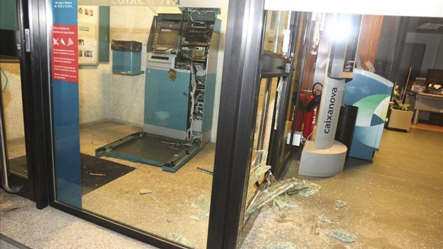 Imputan otras explosiones, atracos y robo en una casa a detenidos en Porriño