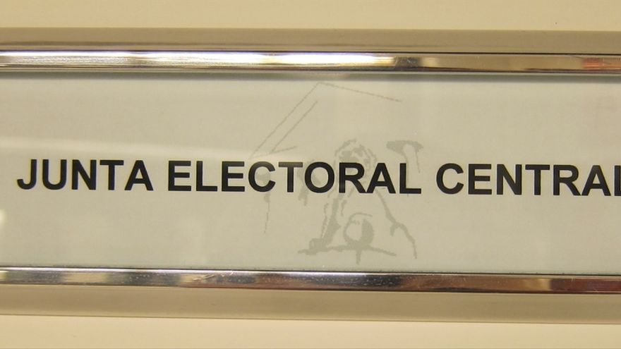 La Junta Electoral proclama 39 candidaturas y sólo fulmina dos listas que estaban incompletas