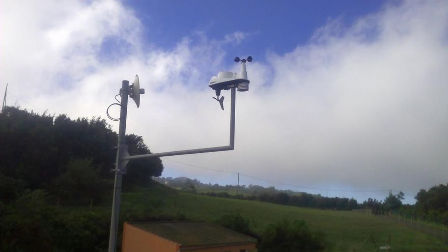 En la imagen, una de las estaciones meteorológicas de la red insular del Cabildo .