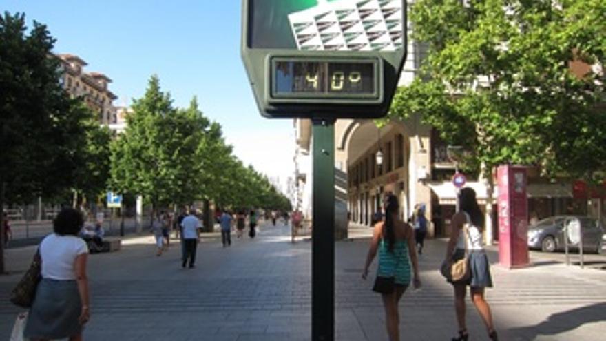 Termómetro A 40º. Calor En Zaragoza