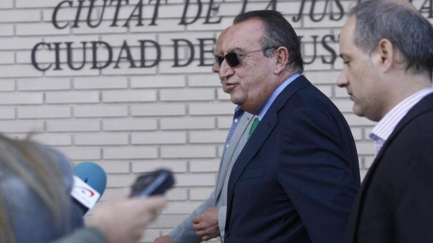 Carlos Fabra, imputado por posibles irregularidades en una corrida de toros