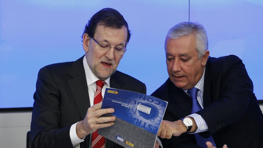 Rajoy dice a Aguirre que tampoco le gustó el acto de etarras en Durango pero que peor sería verlos como alcaldes