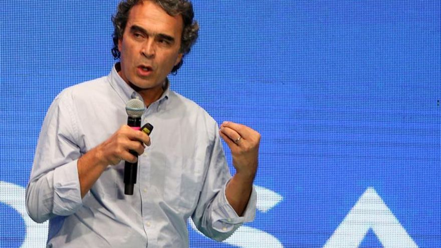 El exalcalde Fajardo, al frente de la intención de voto presidencial en Colombia