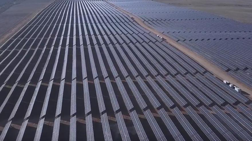 Planta solar fotovoltaica de El Carpio de Tajo / Naturgy