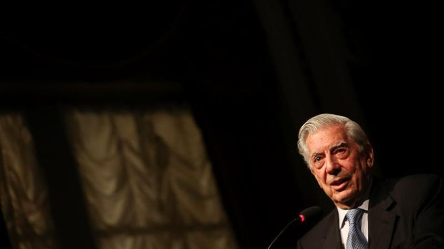 Vargas Llosa dice que lo que está pasando en Brasil es sano para la democracia