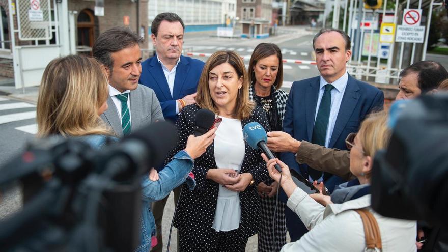 Rueda de prensa de María José Sáenz de Buruaga en Barreda.