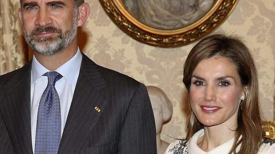 Los Reyes viajan mañana a Roma para su primera visita oficial a Italia