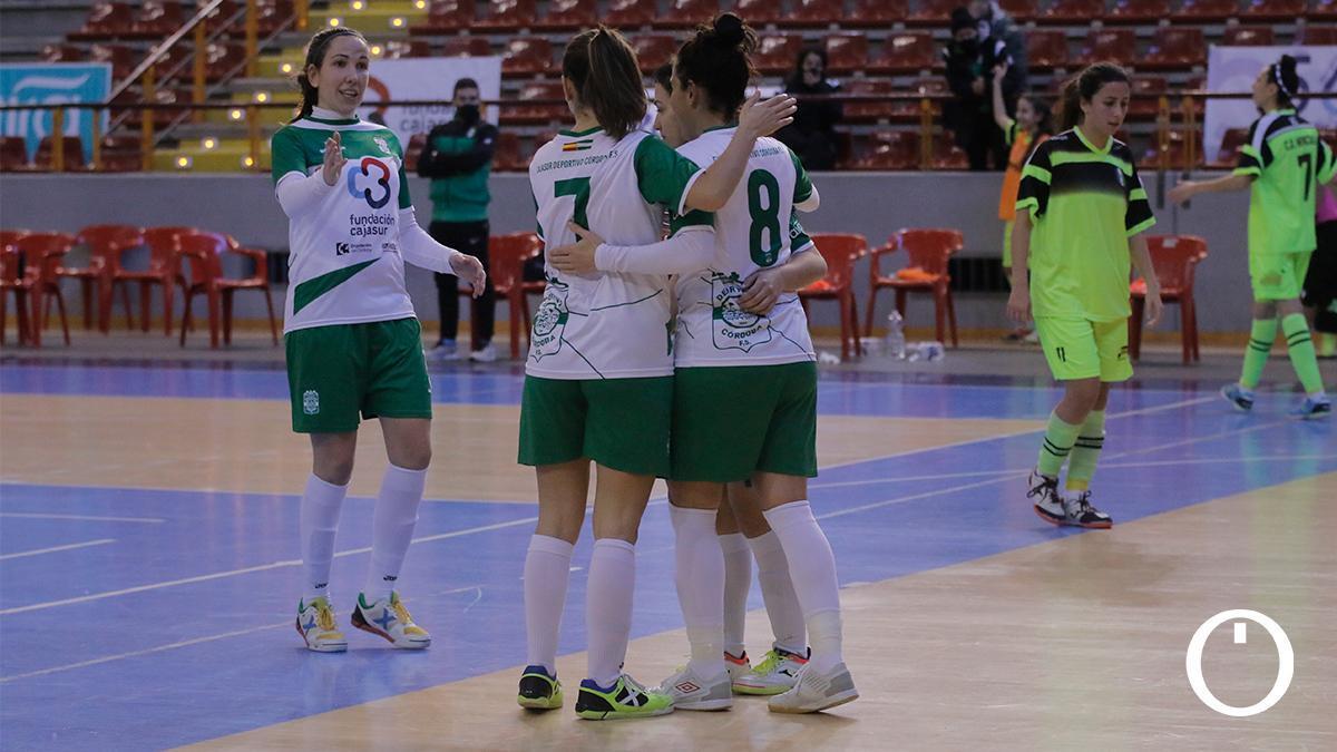 Las jugadoras del Deportivo Córdoba celebran un gol.