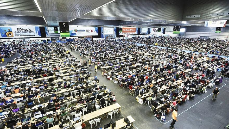 La Euskal Encounter ofrecerá 5.024 puestos de ordenador en su 25 aniversario y contará con más de 8.000 participantes