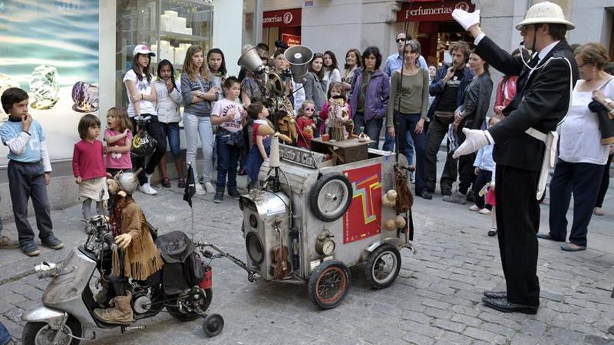 Titirimundi lleva a Pozuelo marionetas de Chile, Argentina y España