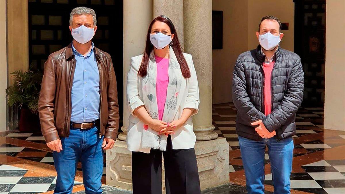 El presidente del IPBS, Francisco Ángel Sánchez (izda.), y la presidenta de Fepamic, Sara Rodríguez.