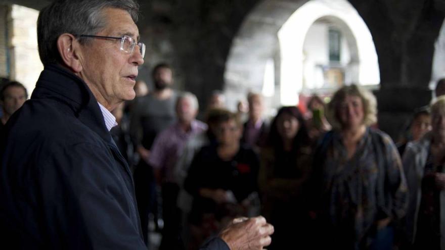 Ángel Díaz-Munío, alcalde de Castro Urdiales.