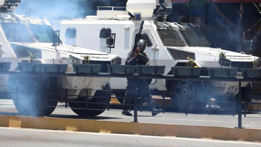 Maduro reaparece y denuncia que el levantamiento tenía apoyo en Colombia y EE.UU.