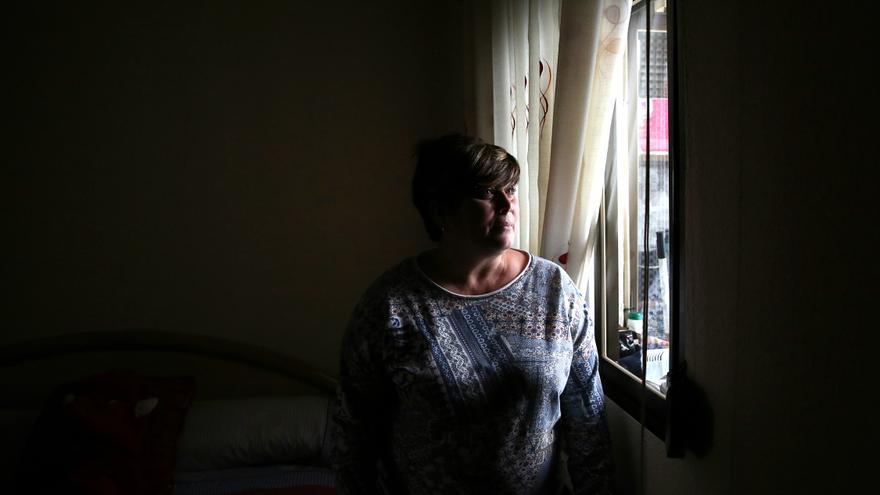 Ana Sobrino, en su habitación de casa. / Marta Jara