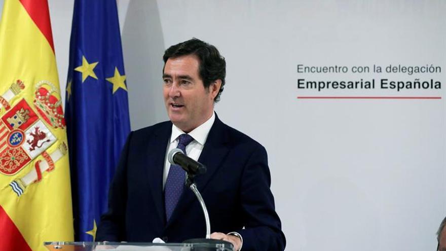 Líder de CEOE insta a los empresarios españoles a aprovechar la apertura de Cuba