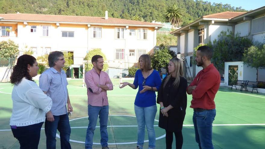 Los representantes del PP han visitado este viernes el Centro de Educación Especial El Dorador y a la Residencia Escolar Específica San Miguel de La Palma.