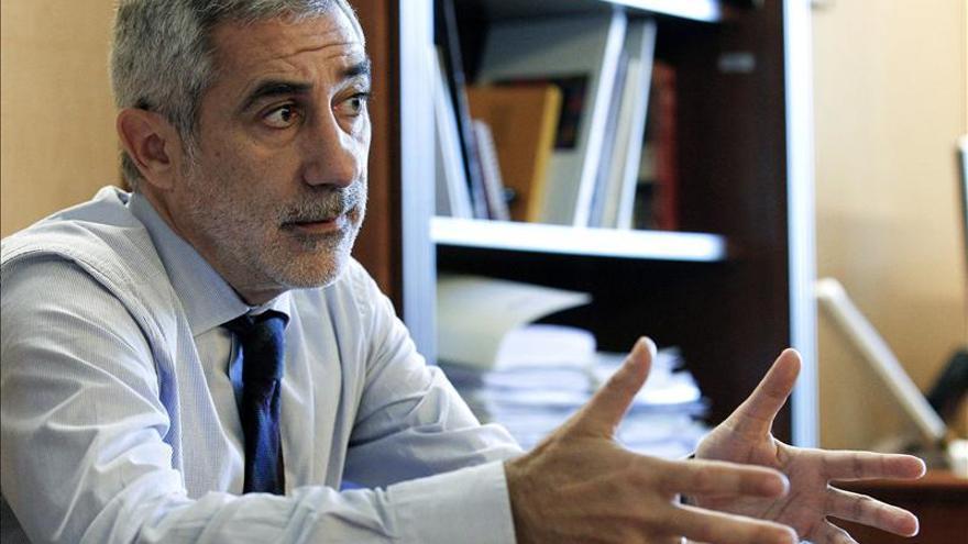 Llamazares (IU) exige la destitución inmediata del ministro de Industria