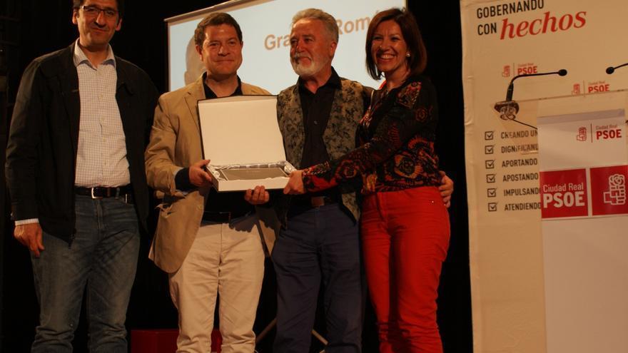 Emiliano García-Page en el homenaje a Román Rivero en Miguelturra (Ciudad Real)