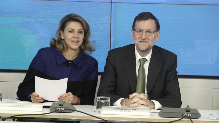"""Cospedal destaca el """"fuerte"""" compromiso de Rajoy contra la """"lacra"""" de la violencia de género"""