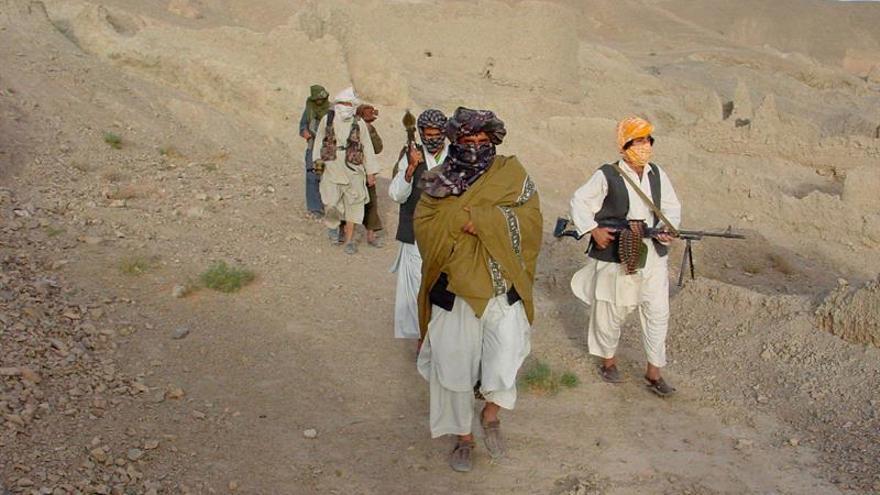 Los talibanes dicen que Afganistán será el cementerio de EEUU tras el anuncio de Trump