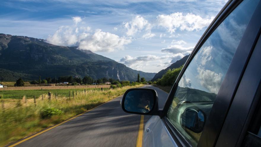 Prepara tu viaje en carretera.