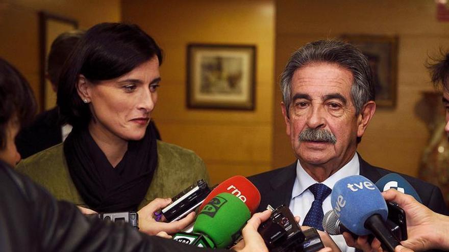 """Cantabria incumplirá el objetivo de déficit y pide a Gobierno """"abrir la mano"""""""