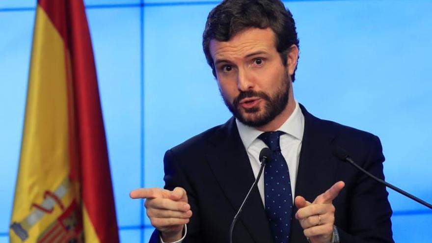 """Casado ve """"suicida"""" derogar la reforma laboral del PP ante el mal dato de paro"""