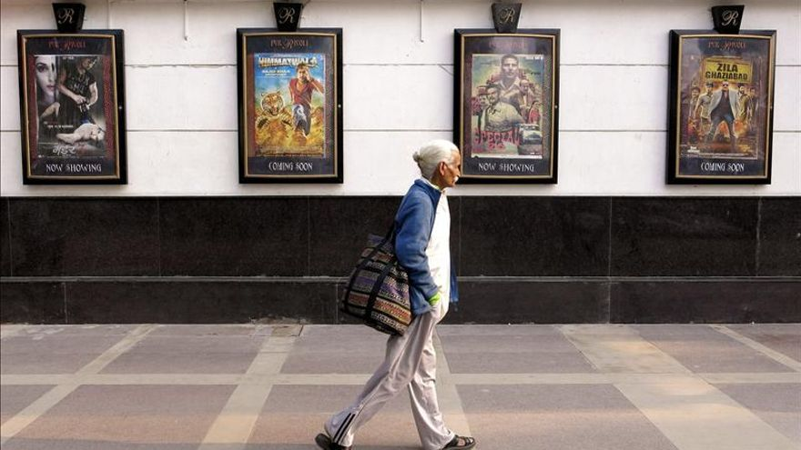 El cine indio cumple un siglo de evasión y romances