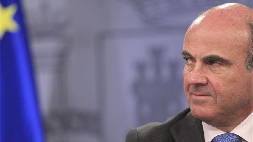 De Guindos dice que el jueves 14 se aprobará el fin de la ayuda a la banca