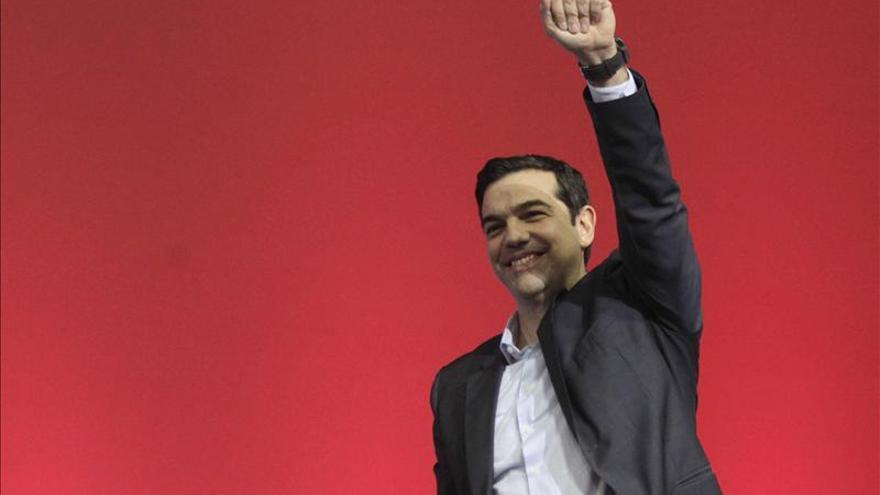 Los griegos, entre las ansias de cambio y el temor a los experimentos