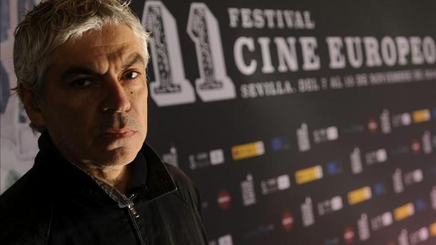"""Pedro Costa estrena """"Cavalo dinheiro"""", la política como historia de horror"""