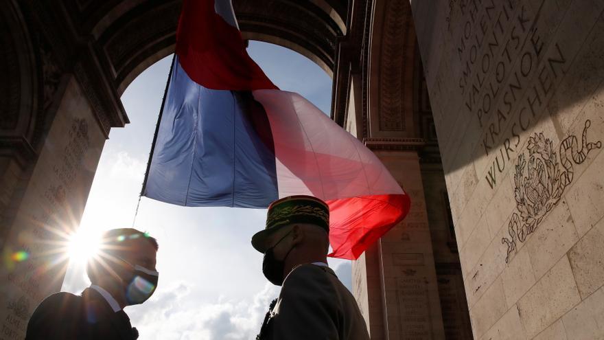 Macron reemplaza a su jefe del Estado Mayor, que había pedido marcharse