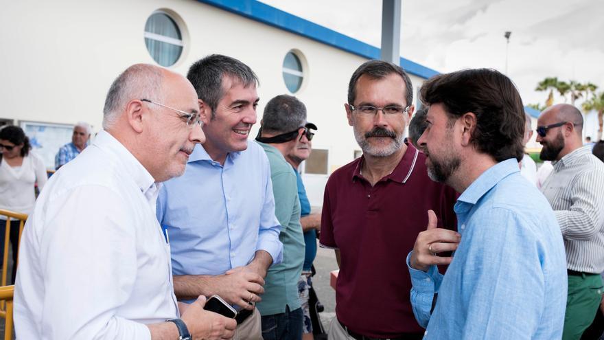 Antonio Morales, Fernando Clavijo, Marcial Morales y Carlos Alonso en un encuentro de Vela Latina