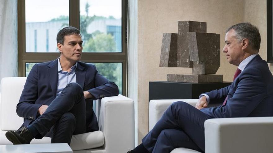 Pedro Sánchez e Íñigo Urkullu durante su encuentro de este jueves