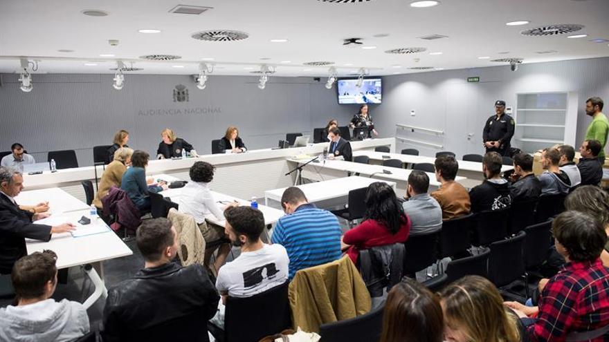 Condenados a 2 años los raperos de La Insurgencia que ensalzaron a los Grapo