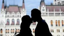 Las semejanzas entre las parejas predicen el resultado de una relación