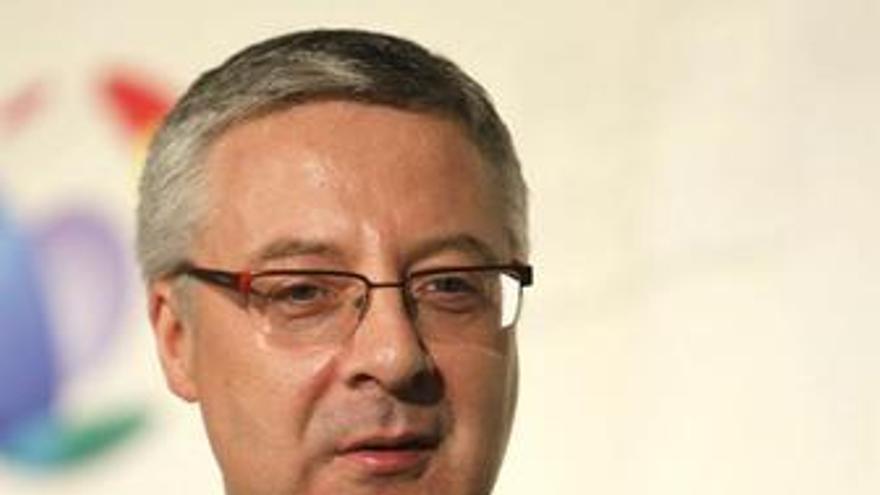 Ministro de Fomento y vicesecretario general del Partido Socialista Obrero Espa