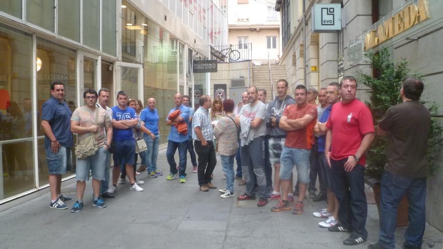 Trabajadores de Robert Bosch de Treto se concentran en el Orecla para exigir acuerdos concretos sobre el futuro