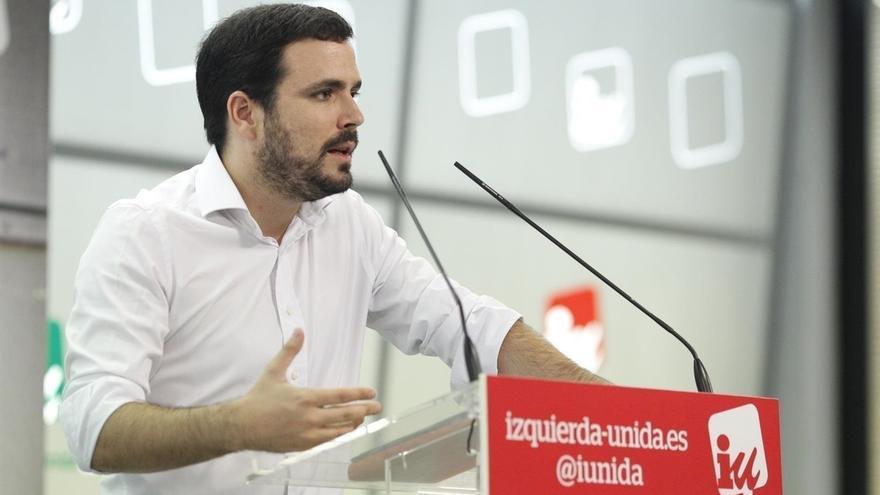 """Alberto Garzón defiende un """"reférendum pactado"""" ante la actitud """"reaccionaria y autoritaria"""" del PP y Ciudadanos"""