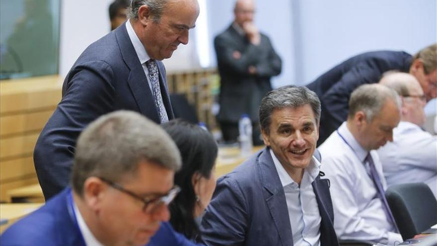 El Eurogrupo aborda primero la situación de Grecia y después lo harán los líderes