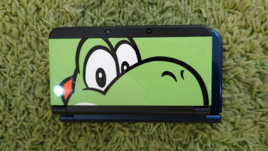 New Nintendo 3DS y New Nintendo 3DS desde arriba